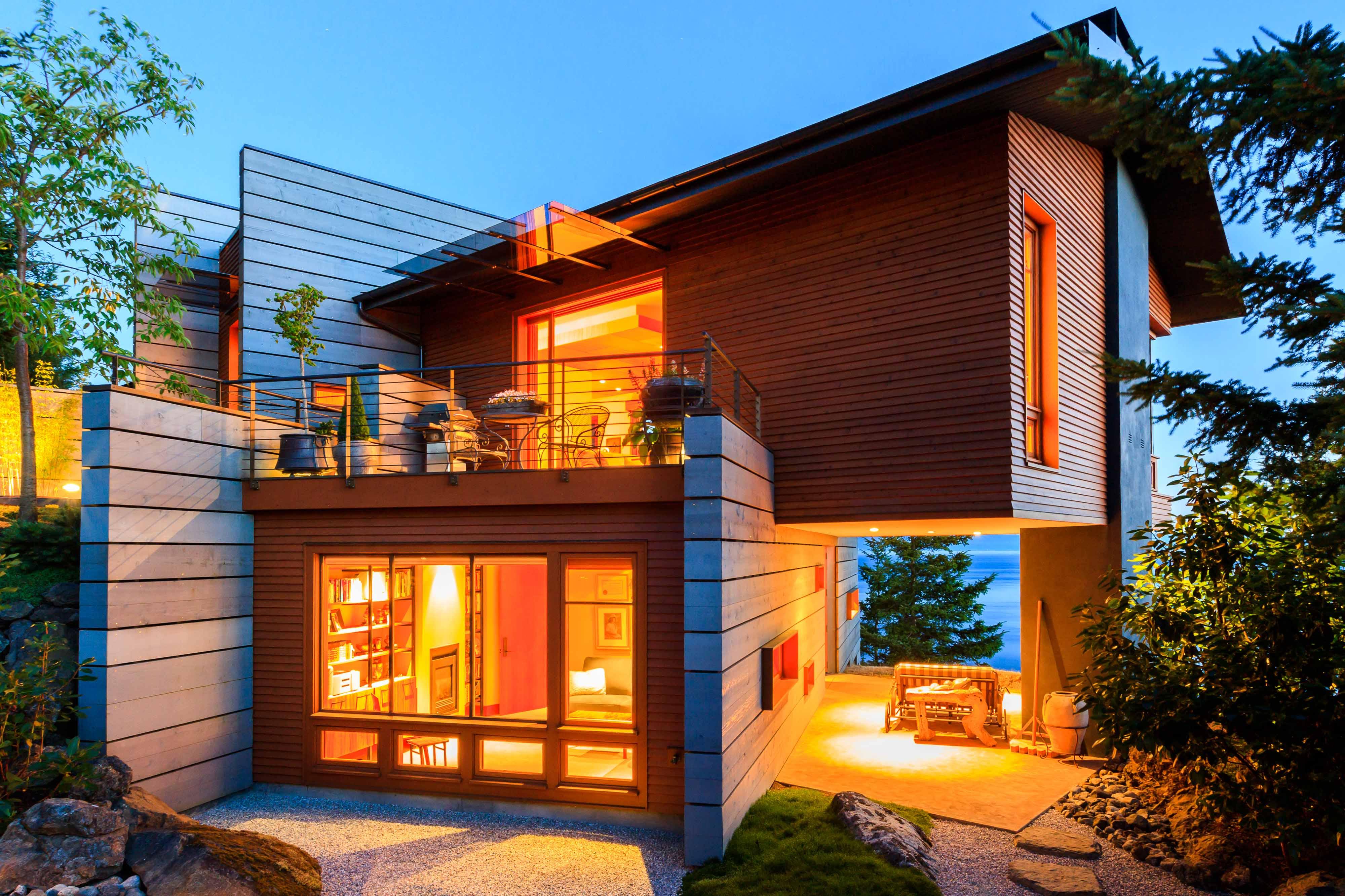 Деревянные дома в стиле хай тек. фото..